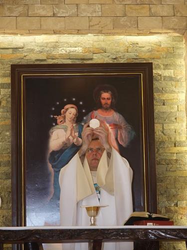 Filipiny: Fotoreportaż z poświęcenia pierwszego domu zakonnego marianów na Filipinach