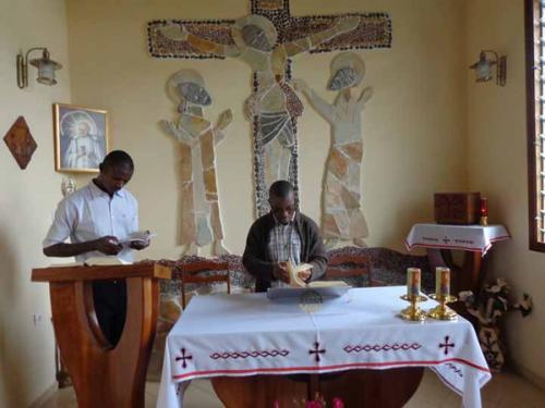 Kamerun, Ngoya: Odnowienie ślubów zakonnych